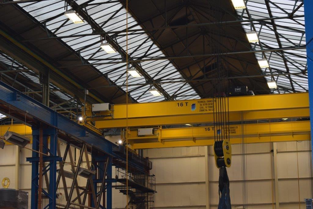 new crane lifting equipment